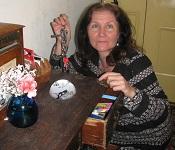maribel holding keys