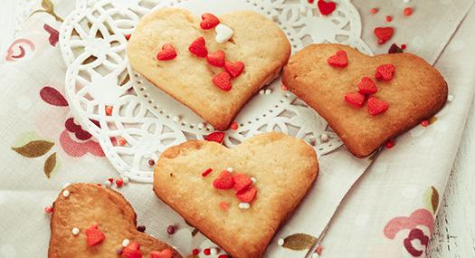 cookies shaped like hearts