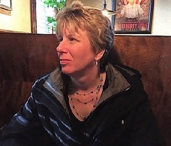 headshot of Beckie Horter