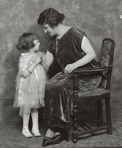 Helen Keller and a little girl