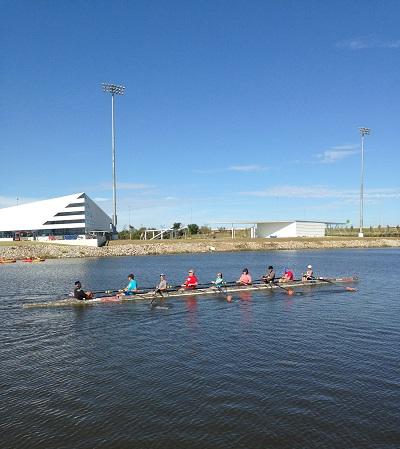 9 people rowing boat